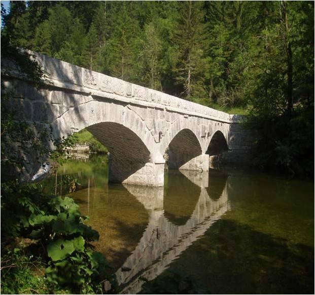 Pont_La_Rixouse.jpg